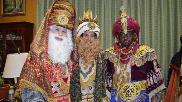 Celebran el Día de los Reyes Magos
